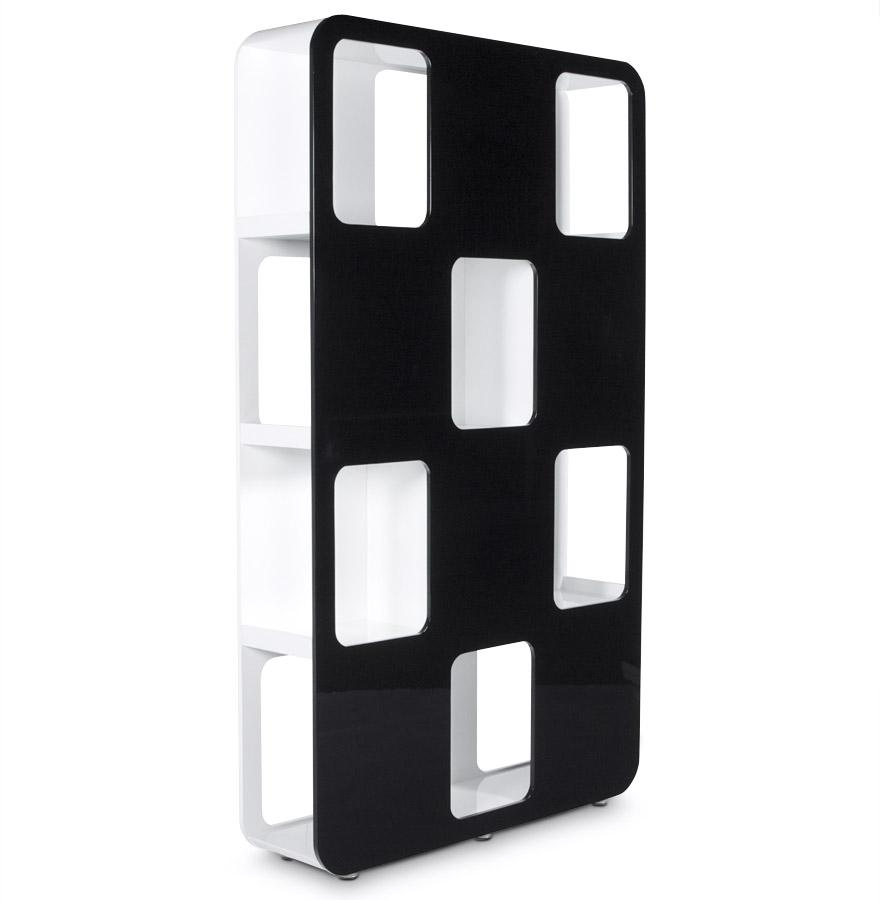 6 espaces de rangement par face, idéal pour séparer 2 pièces.