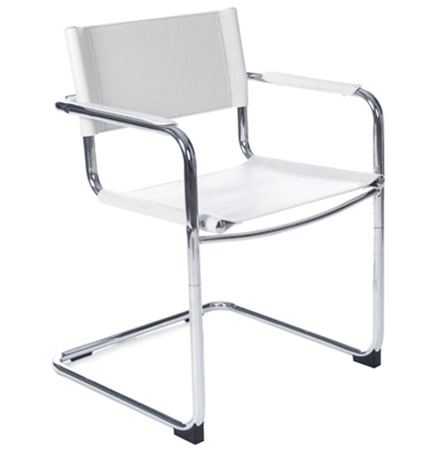 Chaise avec dossier confortable, accoudoirs en similicuir.