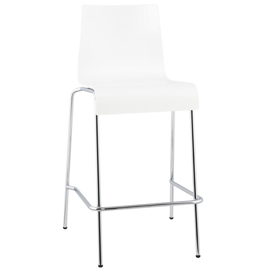 Tabouret snack possédant une hauteur d'assise de 65 cm.