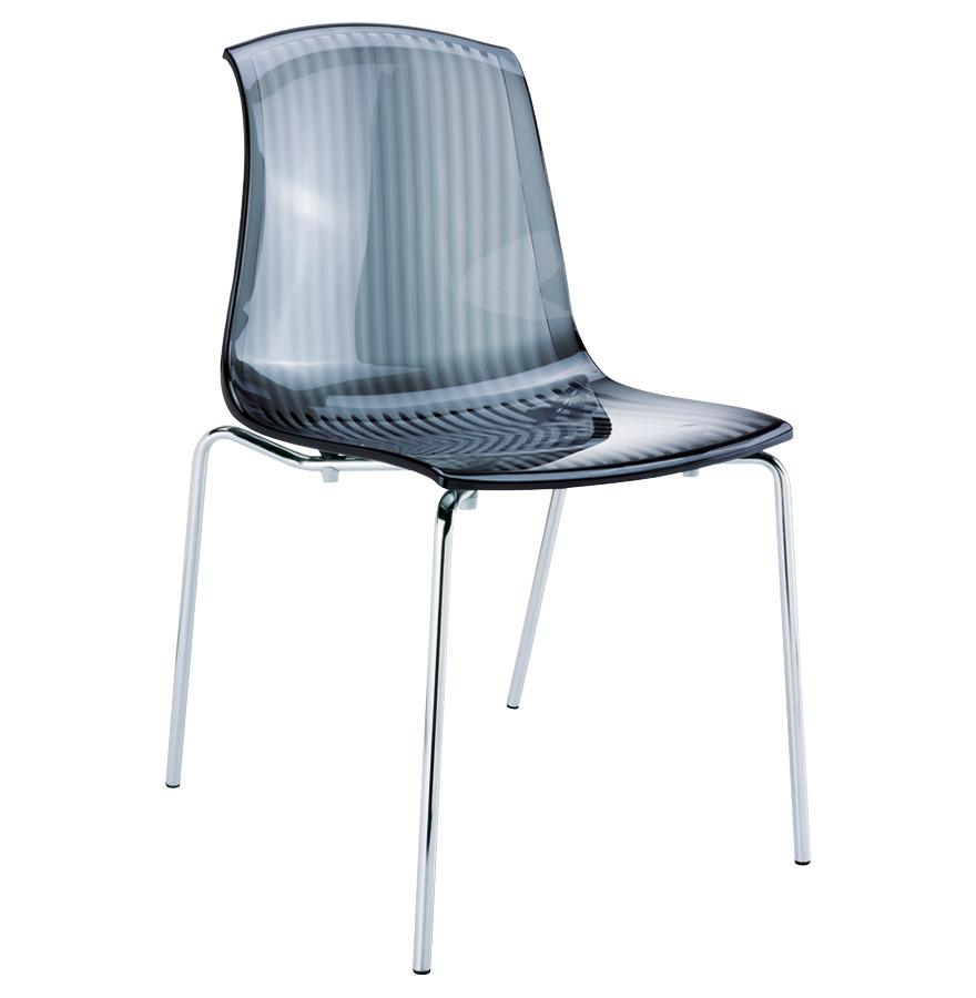 Chaise empilable, piétement en métal.